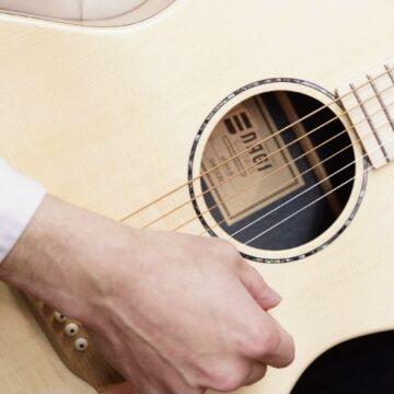 【コース紹介】アコースティックギター